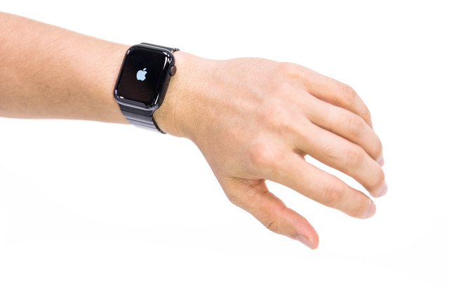 finest selection dbe12 e9a26 明日我が】ひょっこりはんの彼女に高嶋ちさ子が選んだ時計は ...